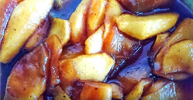 блины-с-карамелизированными-яблоками-6