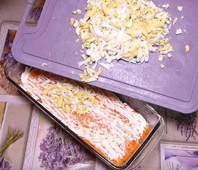 классический-салат-мимоза-с-сайрой-5