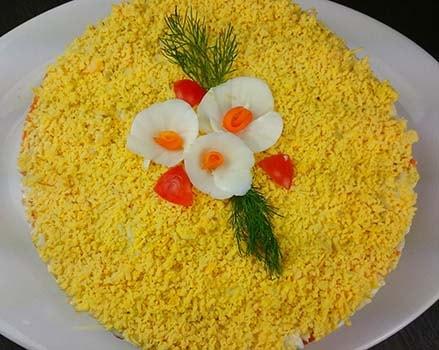 салат-мимоза-с-консервированной-скумбрией-6