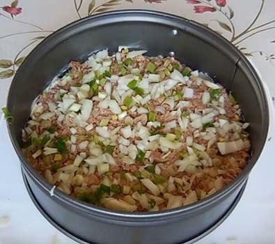 салат-мимоза-с-печенью-трески-рецепт-4