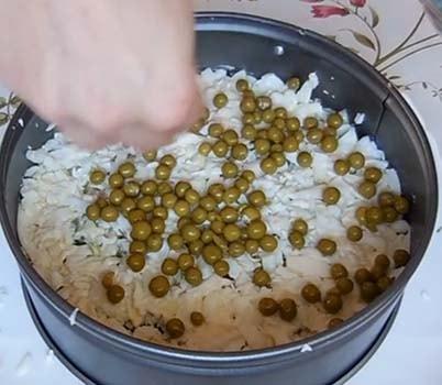 салат-мимоза-с-печенью-трески-рецепт-6