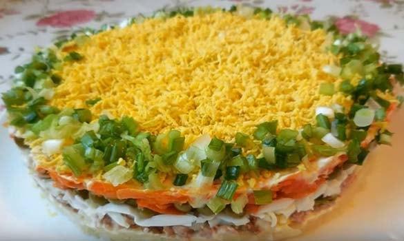 салат-мимоза-с-печенью-трески-рецепт-9