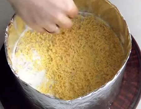 салат-мимоза-с-тунцом-консервированным-8