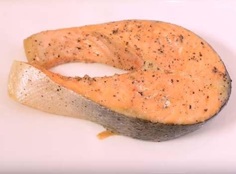 салат-мимоза-с-запеченной-семгой-2