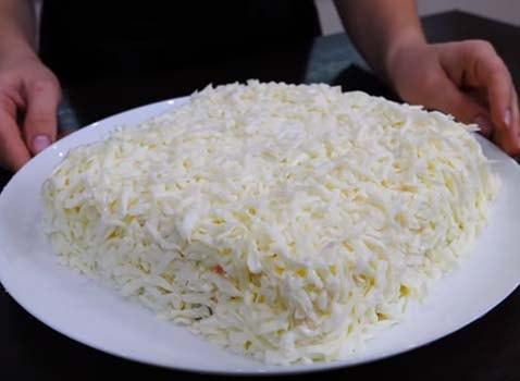 салат-мимоза-со-скумбрией-холодного-копчения-14