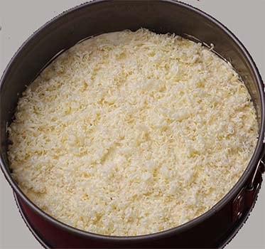 салат-мимоза-со-сливочным-маслом-и-сыром-11