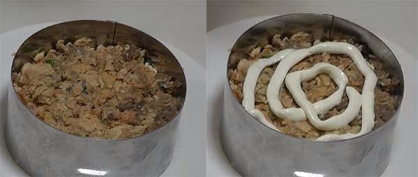 салат-мимоза-со-сливочным-маслом-и-сыром-9