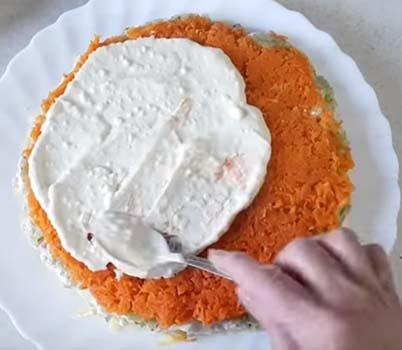 салат-новая-мимоза-с-печенью-трески-6