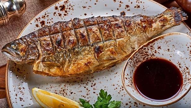 шашлык-из-рыбы-форели-10