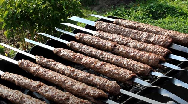 люля-кебаб-из-говядины-на-мангале-8