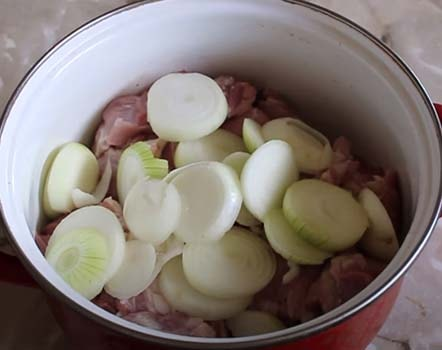 шашлык-из-свинины-на-противне-1