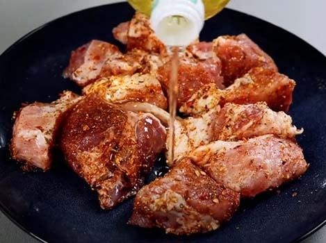 шашлык-из-свинины-на-сковороде-2