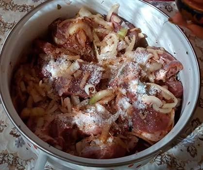 шашлык-из-свинины-по-армянски-4