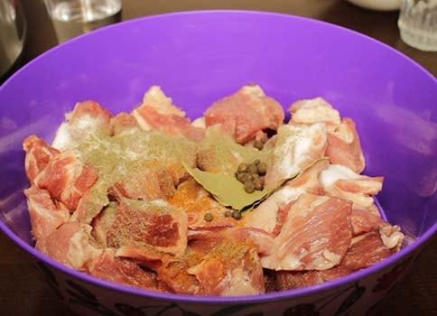 шашлык-из-свинины-в-мультиварке-3