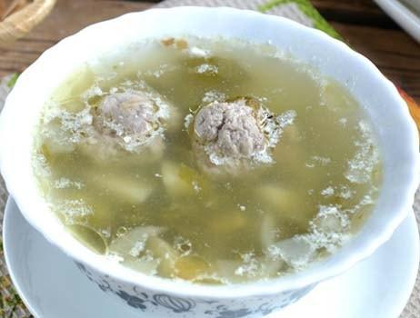 зеленый-суп-с-щавелем-и-яйцом-4