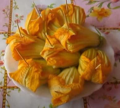 цветки-цуккини-фаршированные-сыром-3