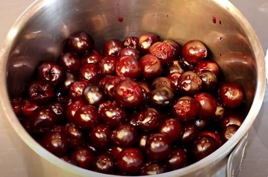 густое-вишневое-варенье-3