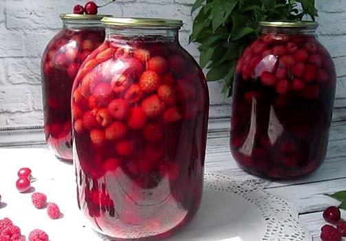 компот-из-вишни-и-малины-10