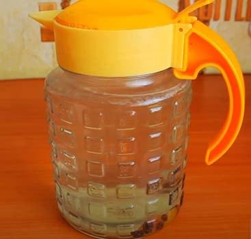 квас-из-березового-сока-с-медом-2