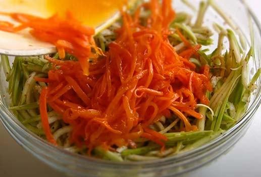 салат-из-кабачков-по-корейски-пятиминутка-4