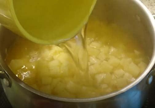 суп-пюре-из-цветной-капусты-и-кабачков-3