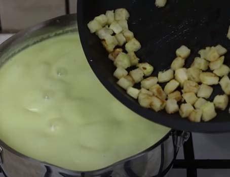 суп-пюре-из-кабачков-со-сливками-и-плавленым-сыром-8