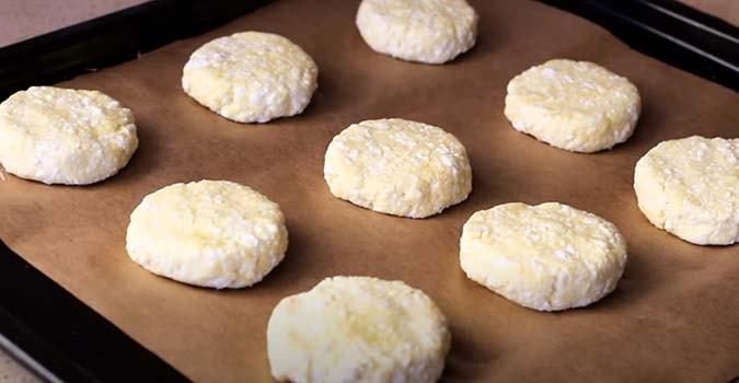 сырники-из-творога-в-духовке-3