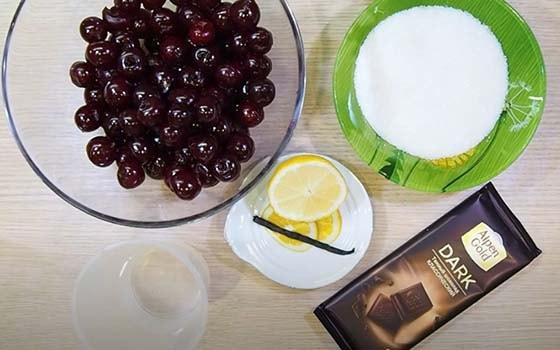 вишневое-варенье-с-шоколадом-1