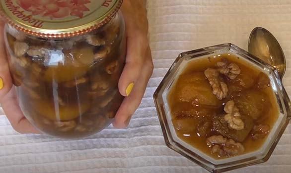 абрикосовое-варенье-с-грецкими-орехами-5