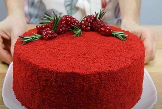 клубничный-торт-красный-бархат-17