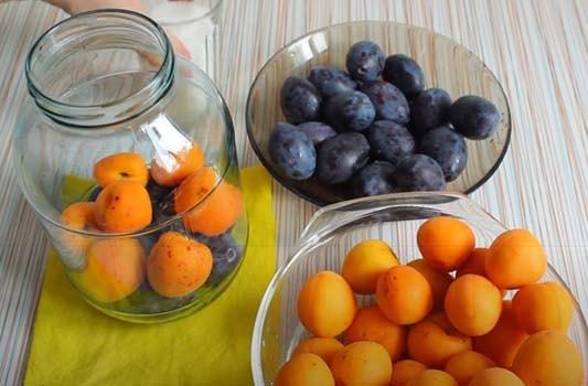 компот-из-абрикосов-и-слив-1