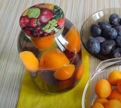 компот-из-абрикосов-и-слив-3