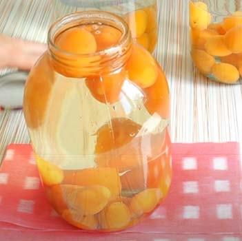 компот-из-абрикосов-с-косточками-4