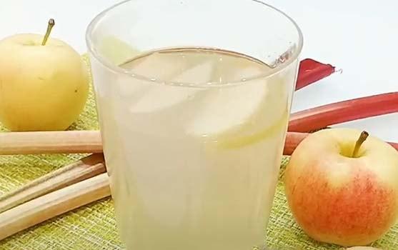 компот-из-яблок-и-ревеня-7