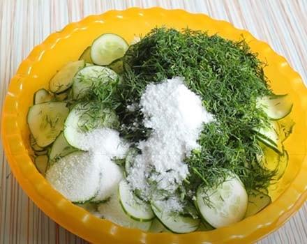 салат-из-огурцов-нежинский-классический-1