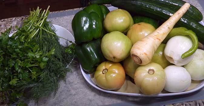 салат-из-зеленых-помидоров-на-зиму-1