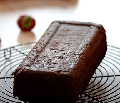 шоколадный-торт-с-клубникой-2