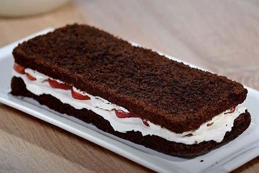 шоколадный-торт-с-клубникой-6
