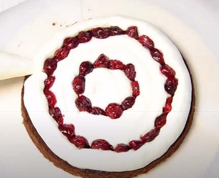 шоколадный-торт-с-вишней-16
