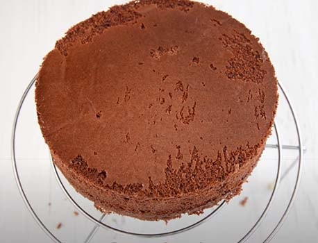 шоколадный-торт-с-вишней-5