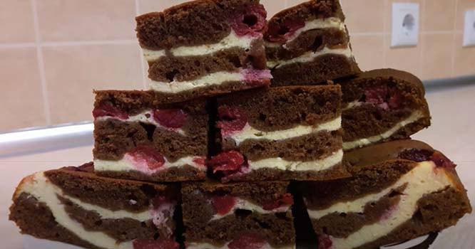 шоколадный-вишневый-пирог-с-творогом-9
