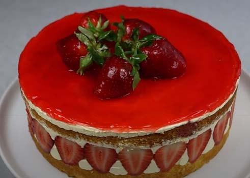 торт-фрезье-с-клубникой-17