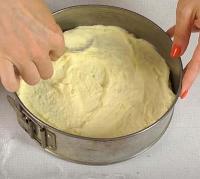 творожный-торт-с-клубникой-без-выпечки-14