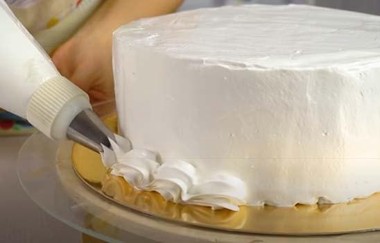 творожный-торт-с-клубникой-без-выпечки-20