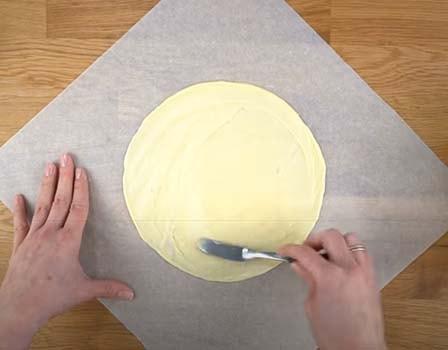торт-молочная-девочка-с-клубникой-4