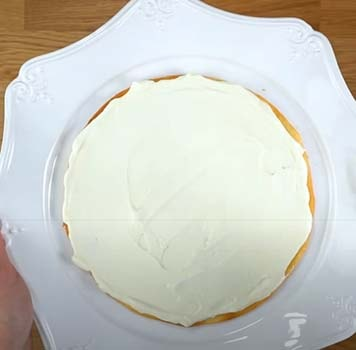 торт-молочная-девочка-с-клубникой-7