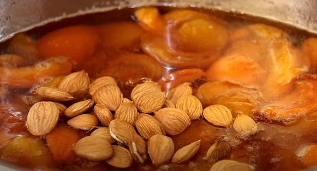 варенье-из-абрикосов-с-ядрышками-6