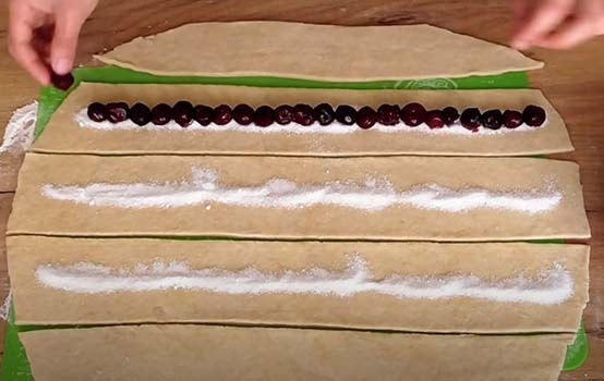 вишневый-пирог-улитка-6