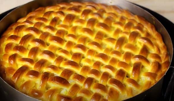 дрожжевой-пирог-с-яблоками-12