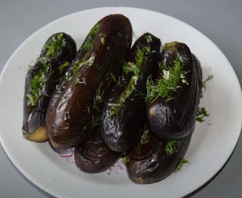 фаршированные-баклажаны-с-зеленью-и-чесноком-6
